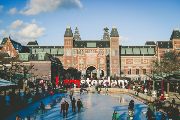 5 Cheaper Ways to Transfer Money from the USA to The Netherlands